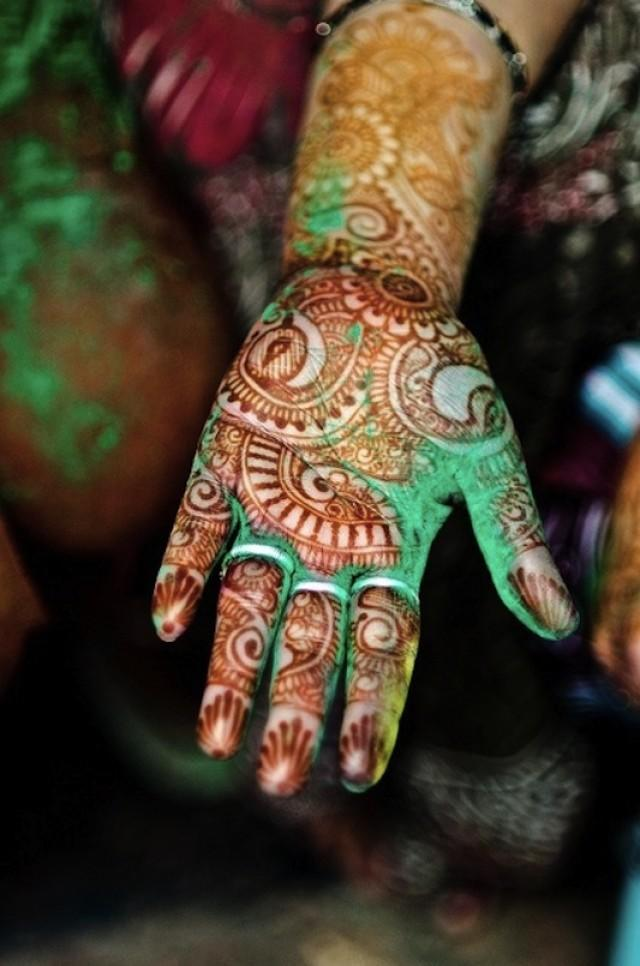 The Ancient Henna Tradition A Festival Brides Boho Guide