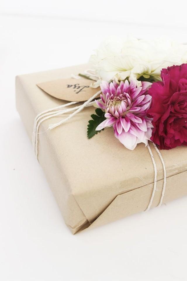 diy elegant gift wrapping 2109312 weddbook
