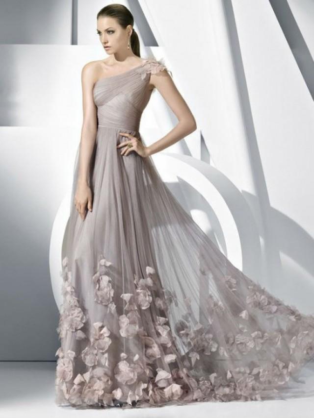 wedding photo - Brautkleider in Übergrößen