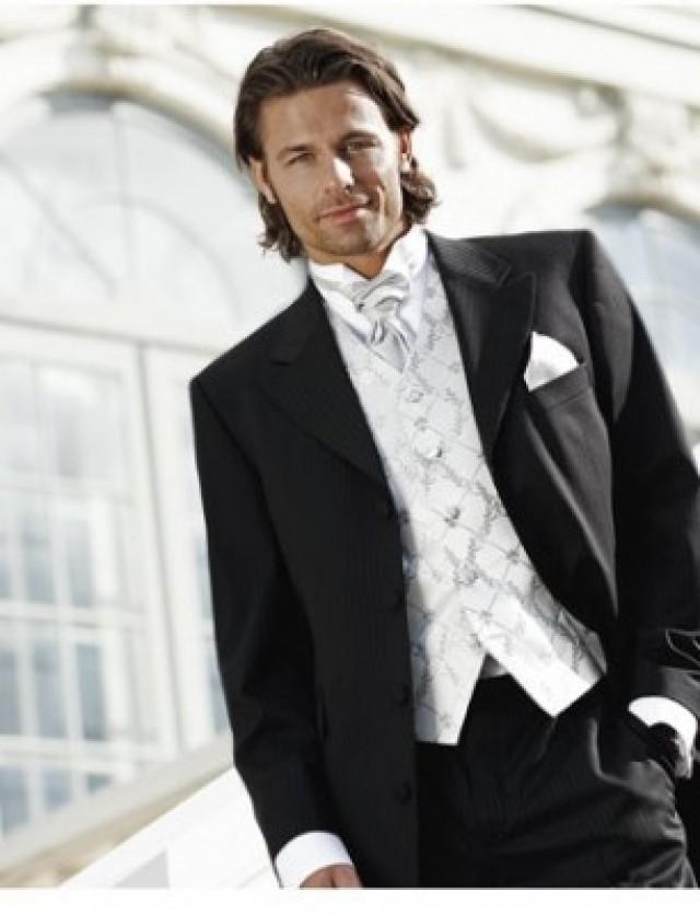 wedding photo - Frack   silk