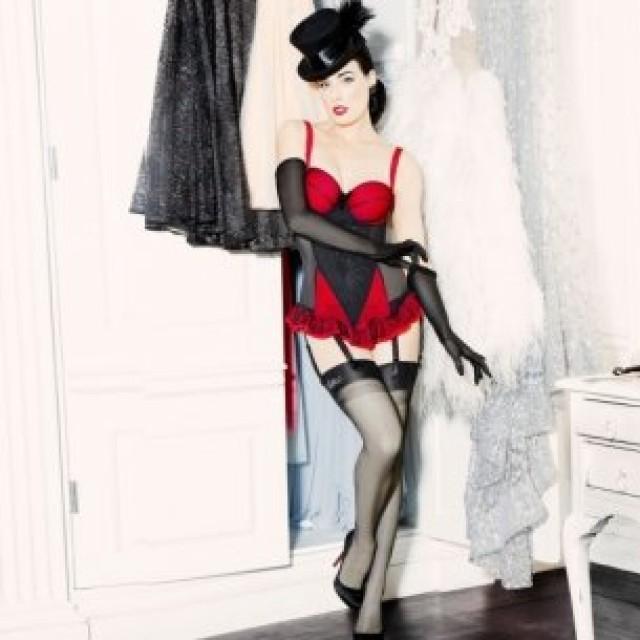 wedding photo - corsette  spot mesh
