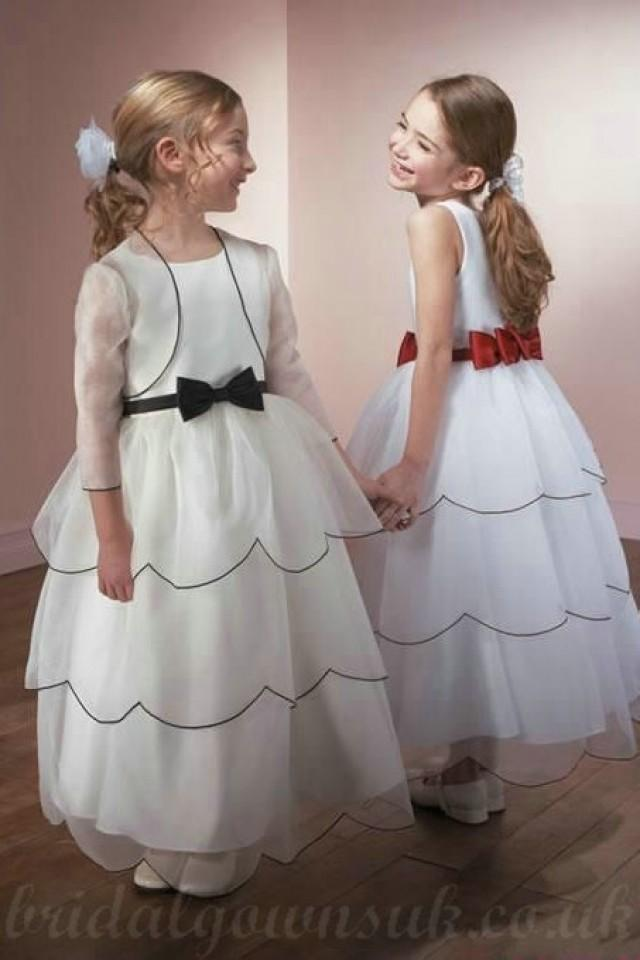 wedding photo - Organza Layer Simple Style Bow Sash Bateau Perfect Customzied Flower Dress