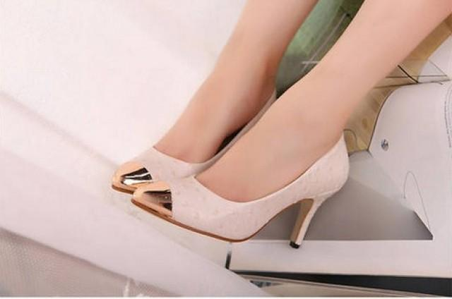 wedding photo - Elegant Style Diamonds Embellished High Heels Pumps Silver PM0600