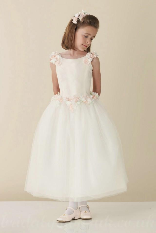 wedding photo - Satin Ball Gown Flower Trimed Fitted Perfect Customzied Flowergirls Dress, Flower Girl Dresses - 58weddingdress.com