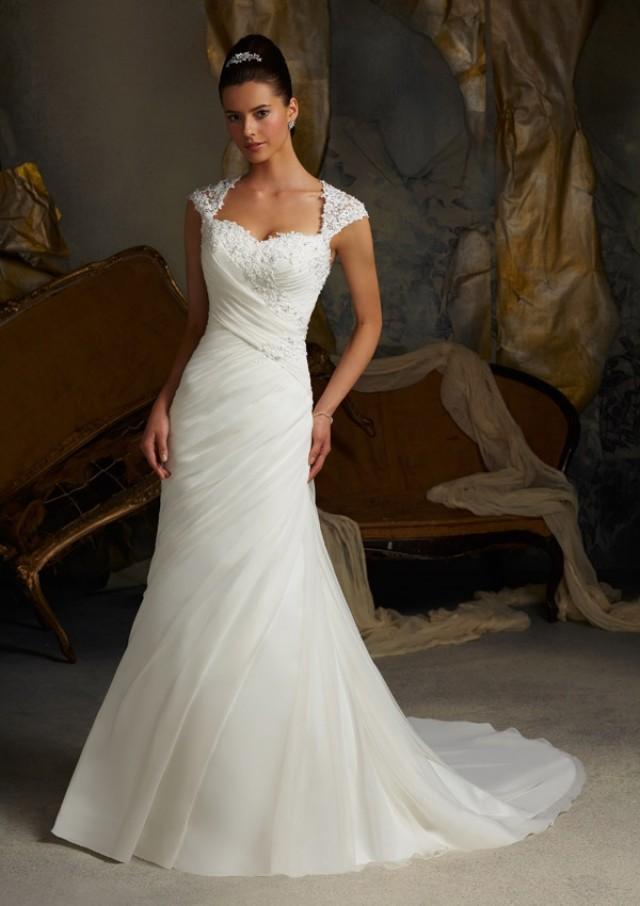 wedding photo - Wanweier - wedding dresses 2012, Hot Venice Lace Appliques on Delicate Chiffon Online Sales in 58weddingdress