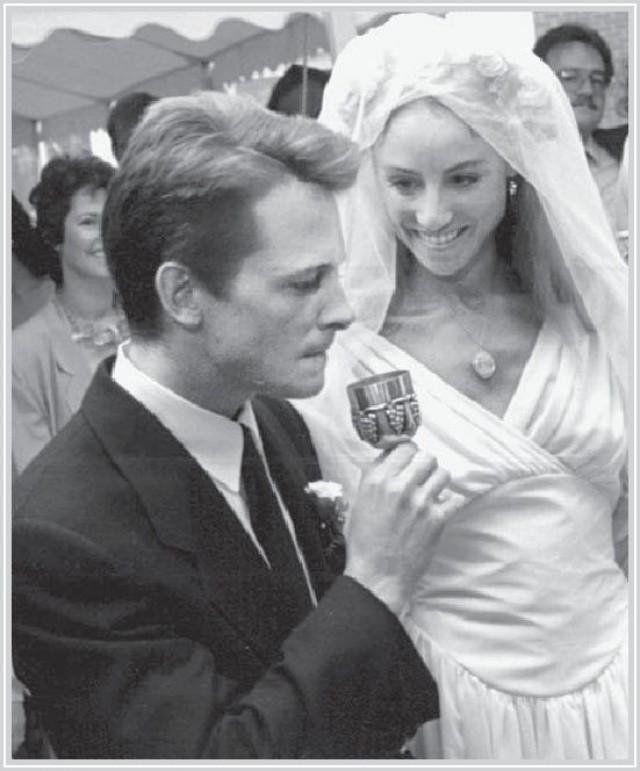 Tracy pollan wedding