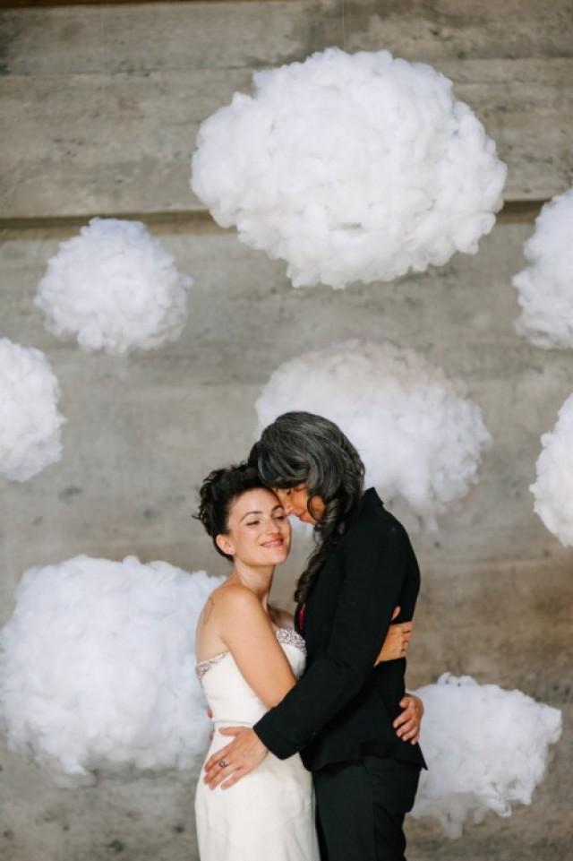 Dreamy Diy Cloud Wedding Backdrop Weddingomania Weddbook