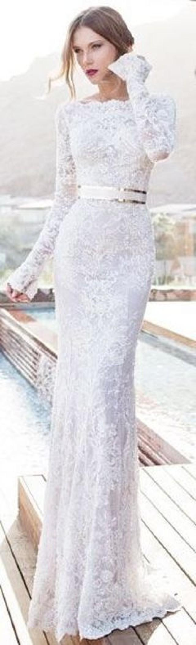 Kleiden braut mit sass brautkleider 2135875 weddbook for Slim white wedding dresses