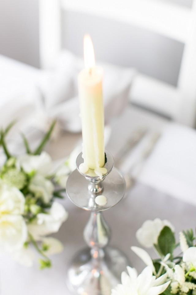 Luxury White Amp Grey Wedding Table Setting Inspiration From Bloved