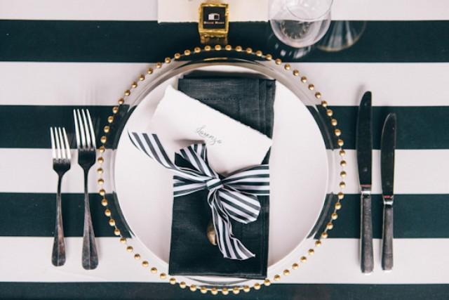 Bold black white tablescape polka dot bride weddbook for Black and white tablescape ideas