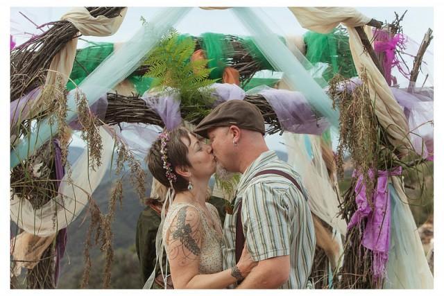 Hippie Wedding Ceremony | myideasbedroom.com