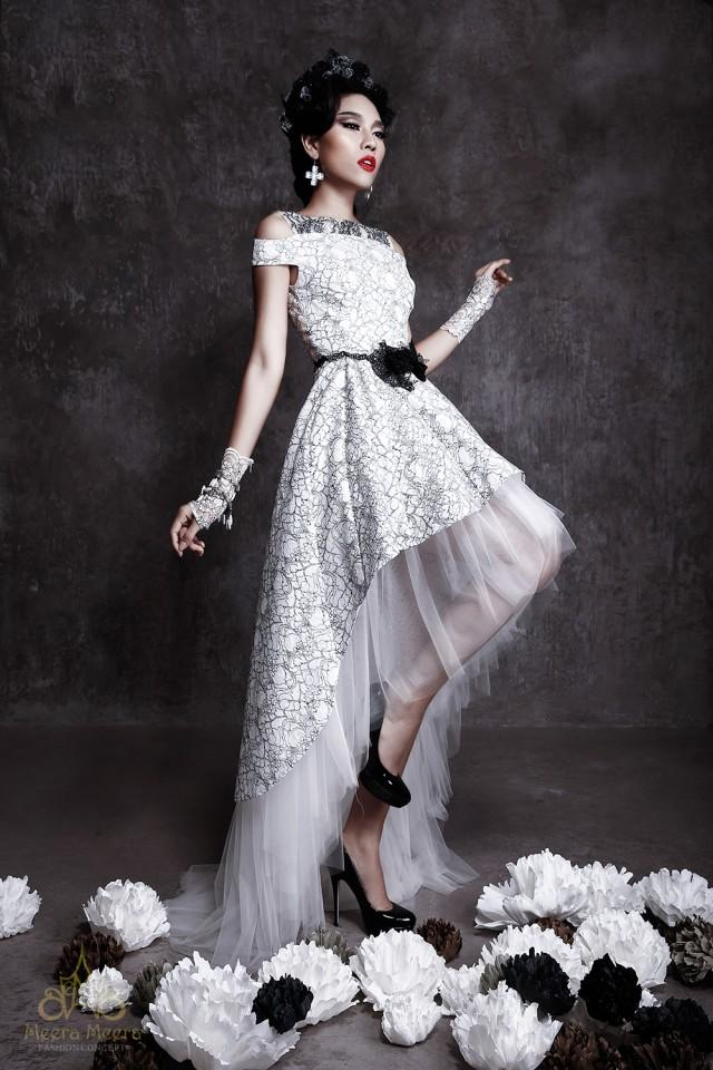 Classic mullet wedding dress in black and white floral for White wedding dress black lace
