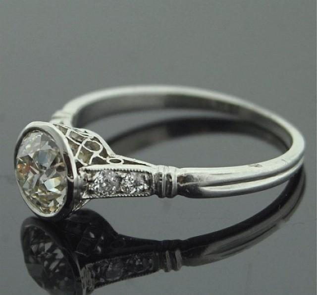 1920s engagement ring platinum and diamond ring 2167014 weddbook. Black Bedroom Furniture Sets. Home Design Ideas