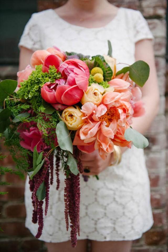 10 Gorgeous Oversized Wedding Bouquets | Intimate Weddings ...