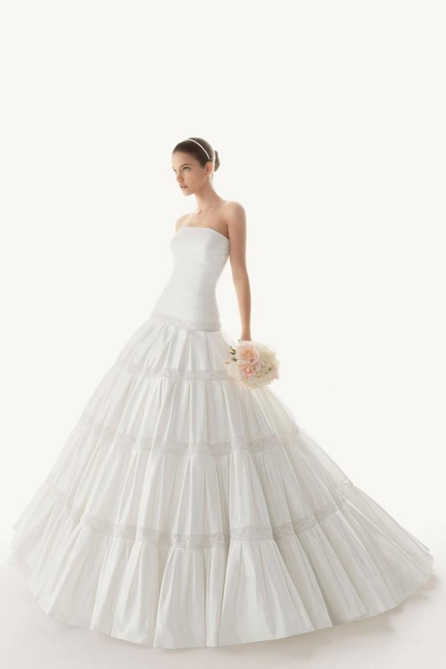 wedding photo - New Strapless A line Sheath Taffeta Cheap Wedding Dress UK