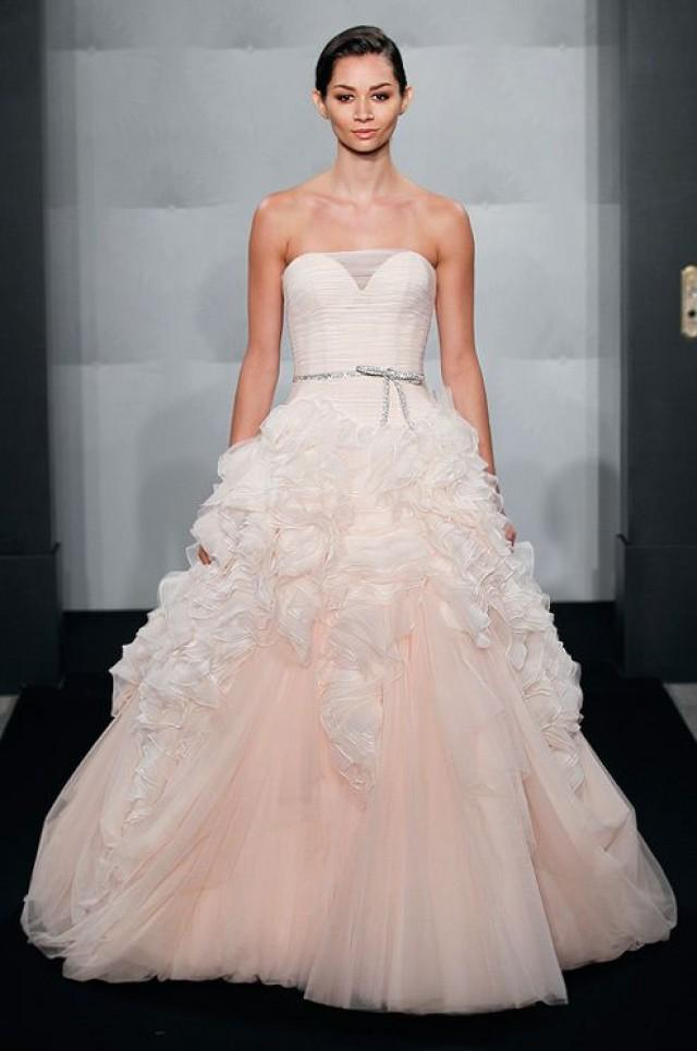 Fall wedding mark zunino fall 2013 2171463 weddbook for Wedding dress stores orange county