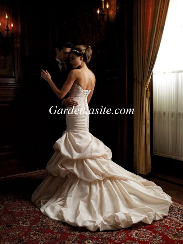 wedding photo - Trumpet/Mermaid Strapless Court Train Tiered Applique Taffeta Wedding Dress 2014