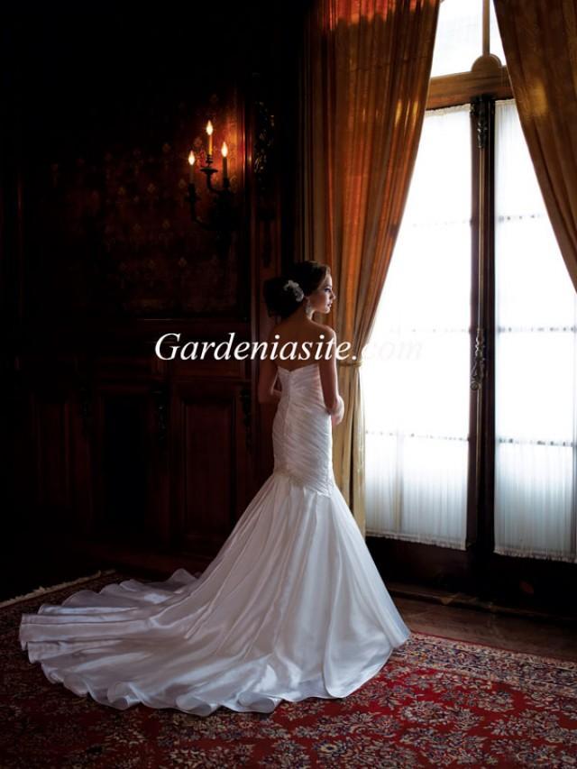 wedding photo - Trumpet/Mermaid Sweetheart Chapel Train Bead Applique Charmeuse Wedding Dress 2014