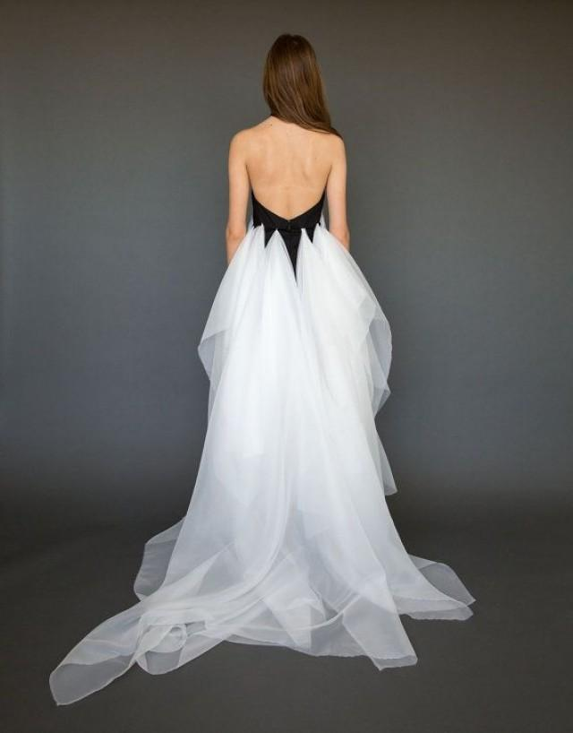 Backless evening gown high low backless dress low back for Backless wedding dress bra