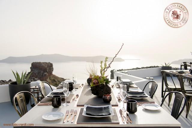 wedding photo - Private dinner in Santorini