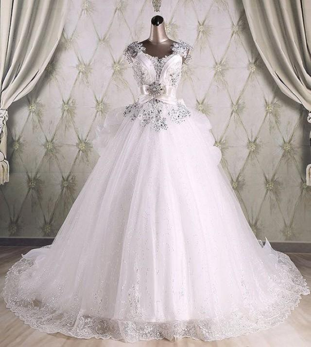 Real Sample High Quality Ball Gown Sequins Luxury Wedding Gown With Long Train 2015 Bridal