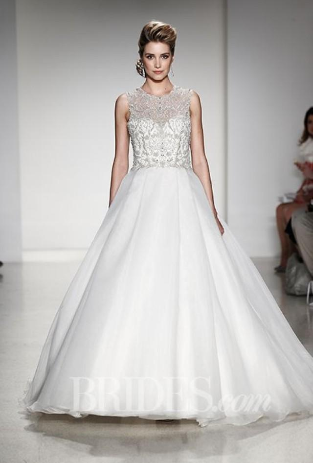 alfred angelo wedding dresses fall 2015 bridal runway shows 2177919 weddbook. Black Bedroom Furniture Sets. Home Design Ideas