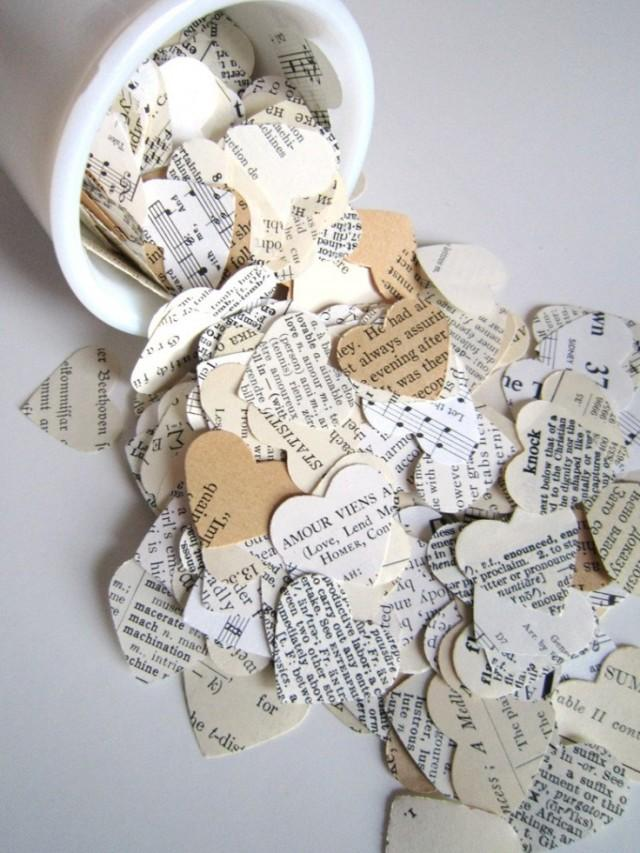 Wedding confetti eclectic paper heart confetti 500 for Couronne shabby chic