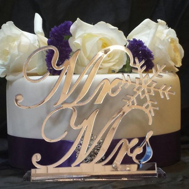 wedding photo - Winter Themed Wedding Snowflake Mr & Mrs Table Sign Wedding Head table Sign