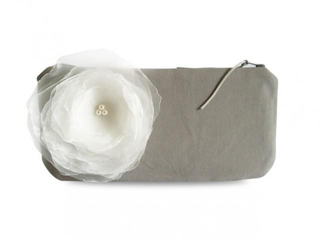 wedding photo - Clutch, Canvas grau mit weißer Blume