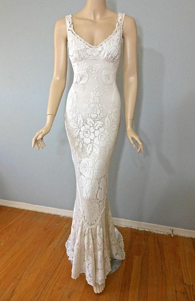 Vintage style victorian wedding dress crochet ivory lace for Ivory lace wedding dresses vintage