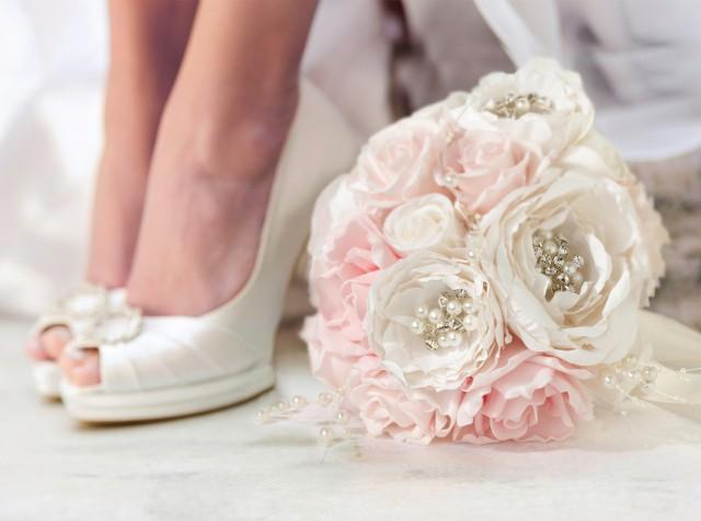 wedding photo - Chic & Shabby Bouquet - Spectacular Events And Designs