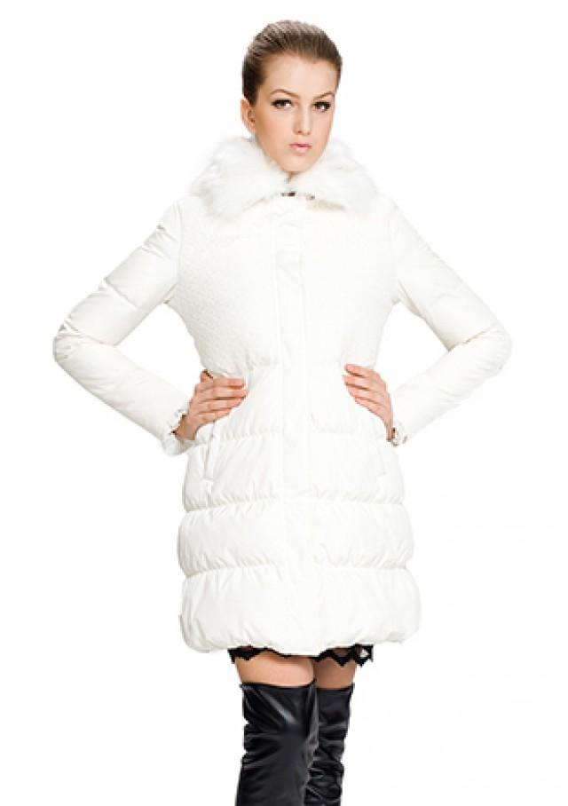 wedding photo - White middle down coat with faux white fox fur collar