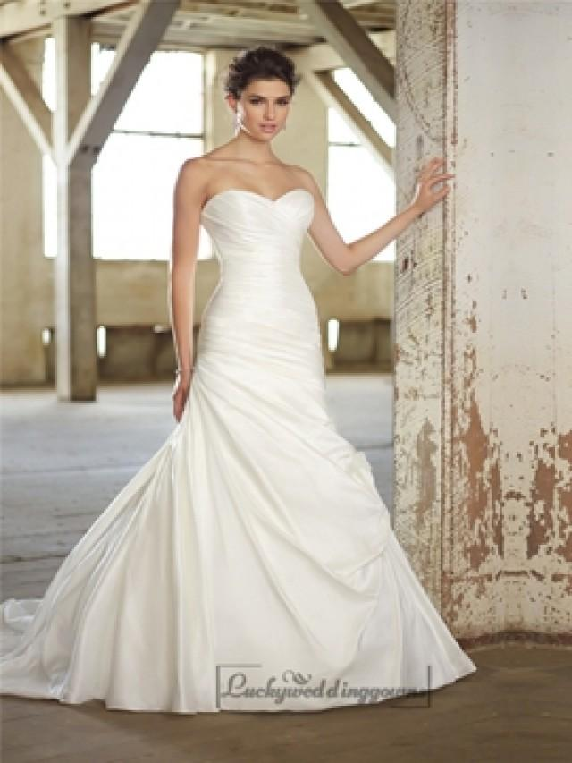 Strapless sweetheart ruched bodice simple wedding dresses for Sweetheart neckline ruched bodice wedding dress