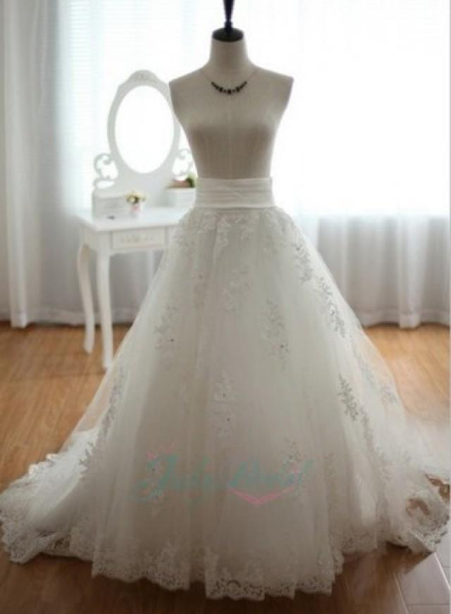 Js404 modern lace appliqued long tulle wedding bridal for Wedding dresses with tulle skirts