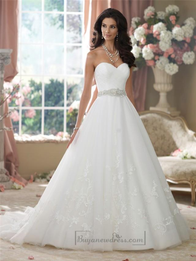 wedding photo - Strapless Sweetheart Embroidered Lace Appliques Ball Gown Wedding Dresses