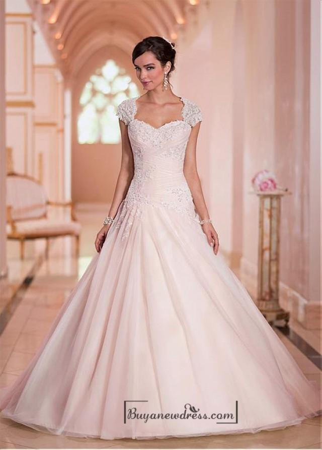 wedding photo - Alluring Tulle Sweethart Neckline Natural Waistline Ball Gown Wedding Dress