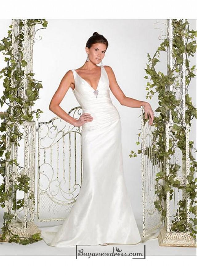 wedding photo - Beautiful Elegant Exquisite Taffeta Wedding Dress In Great Handwork