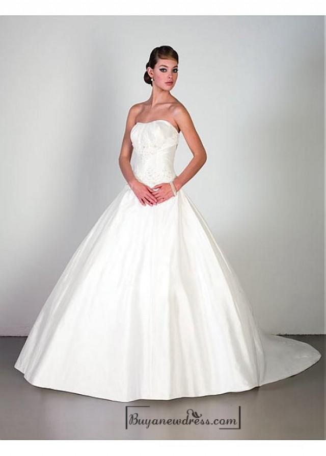 wedding photo - Beautiful Elegant Exquisite Strapless Satin Wedding Dress In Great Handwork
