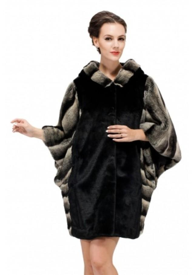 wedding photo - for collar coat for women with gray chinchilla fur bat