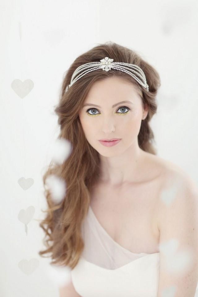 wedding photo - Bridal Veils & Headpieces Inspiration