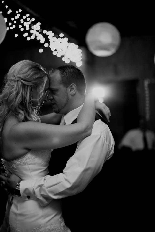 wedding photo - The Dance