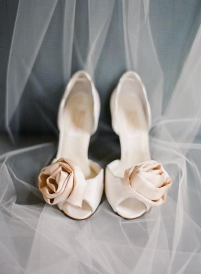 Lexington kentucky wedding from nina mullins photography for Magasins de robe de mariage lexington ky
