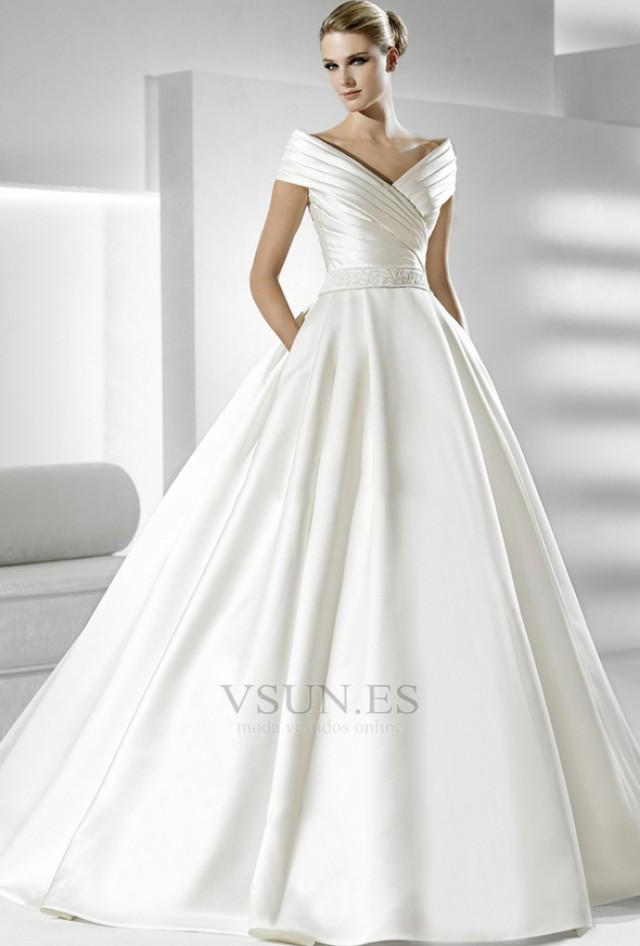 wedding photo - Vestido de novia Volantes