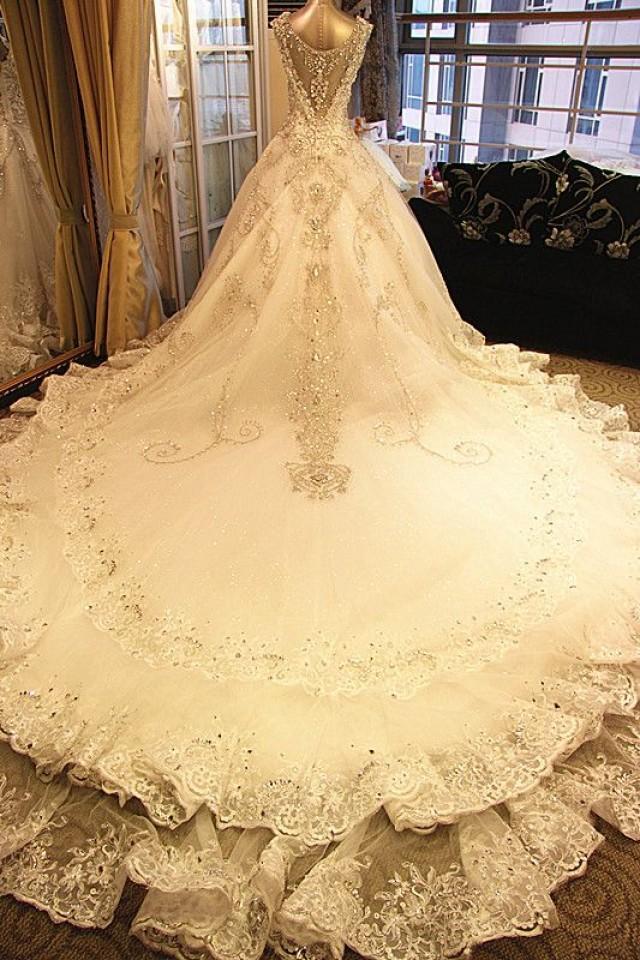 Фото самых шикарных свадебных платьев