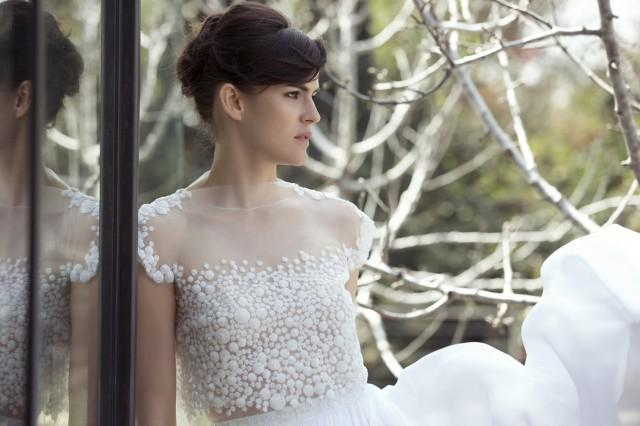 44f0ddfa80a How Much Does A Wedding Dress Cost  The Couture Edition - Weddbook