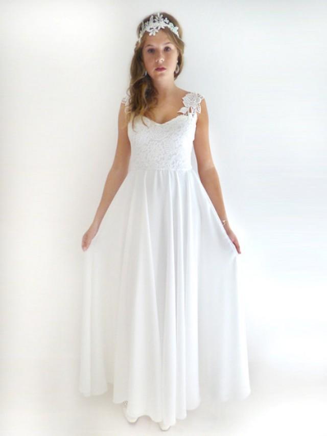 Romantic Vintage Inspired Wedding Dress Custom Made Chiffon Wedding Gown Ivory Lace Wedding