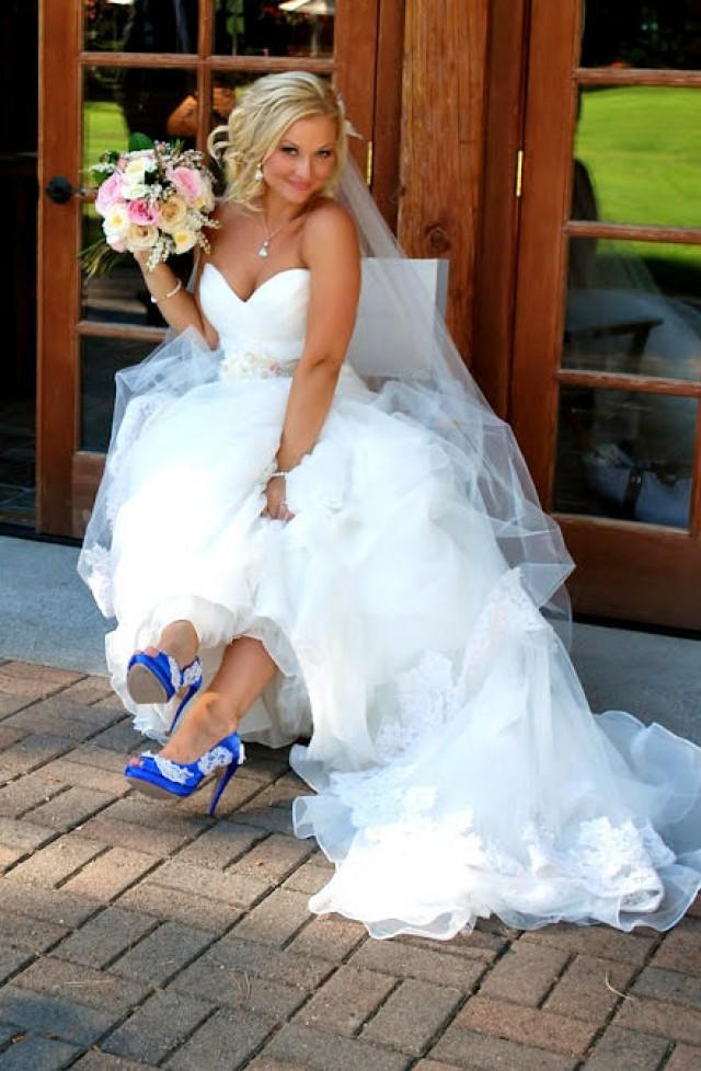Lace Wedding Dress With Shoes Fashion Dresses