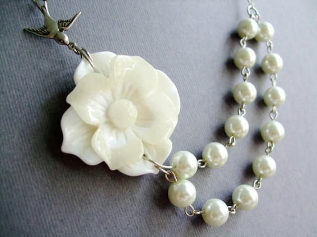 Wedding Bridal NecklaceStatement NecklaceIvory Pearl JewelryIvory Gardenia Flower Necklace