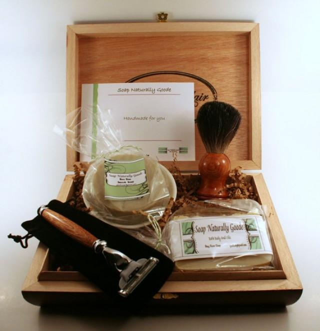 Men's Shaving Kits With Badger Brush, And Hand Turned Mach 3