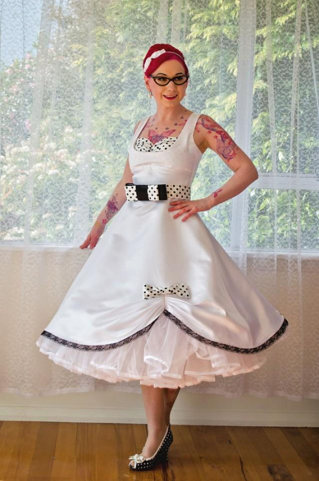1950s Pin Up 39 Audrey 39 Wedding Dress In A With Polka Dot